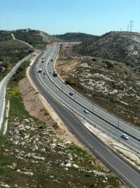 """נגד החלטת בג""""ץ - כביש 443 לישראלים בלבד!"""